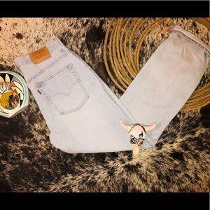 Vintage Light Wash Levi Jeans